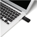 PNY-USB-Flash-Drive-Attache3-64GB-use.png
